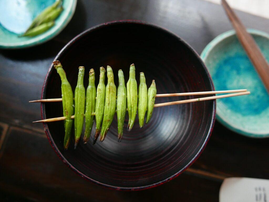 tokyo-food-tour-intrepid-travel-jodie-lightfoot-on-unsplash-ute-junker