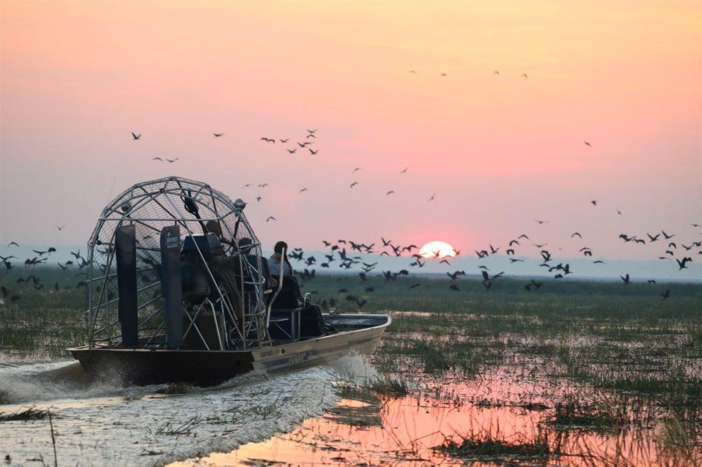 Bamurru-Plains-luxury-lodge-safari-Australia-Emma-Pritchett-Ute-Junker